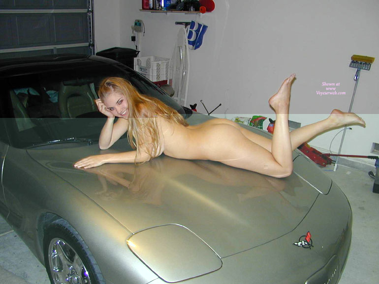 Amature naked women in cars